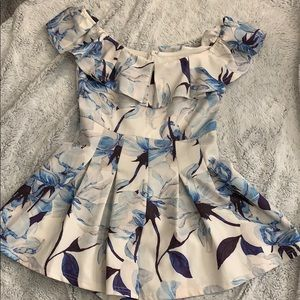 ⭐ Vestique romper with blue floral print ⭐